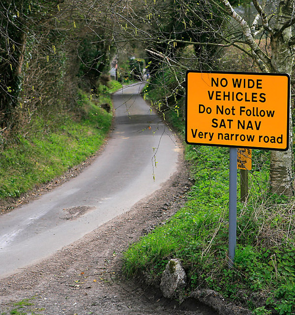 sign in UK telling drivers not to follow Sat Nav